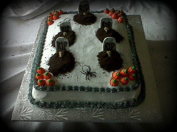 Graveyard Cake http://outsidetheboxcakes.webs.com/apps/photos/photo?photoid=148365904